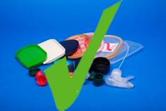Clean plastic lids